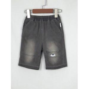 刺繡牛仔七分褲