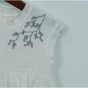 刺繡娃娃衫